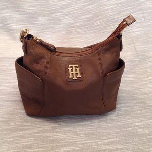 202b8efbbd6 Brighton Shoulder Bag Tommy Hilfiger Signature Satchel Genuine Leather  Tommy Hilfiger Bag ...